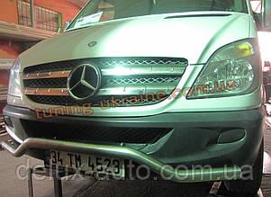 Защита переднего бампера труба изогнутая D60 на Mercedes Sprinter 2006