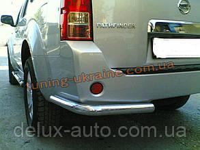Защита заднего бампера уголки одинарные D60 на Nissan Pathfinder 2005-2010