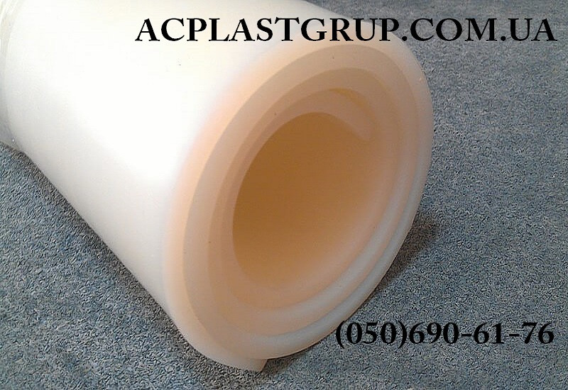 Резина силиконовая термостойкая, рулонная, толщина 8.0 мм, ширина 1200 мм.