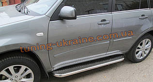 Боковые пороги  труба c листом (нержавеющем) короткая база D60 на Volkswagen Caddy 2010