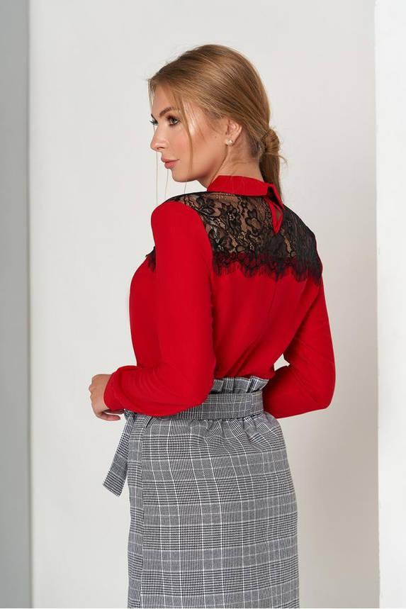 Нарядная красная блузка с гипюром, фото 2