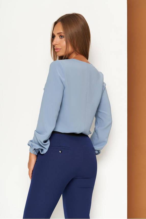Элегантная офисная блузка с завязкой голубая, фото 2