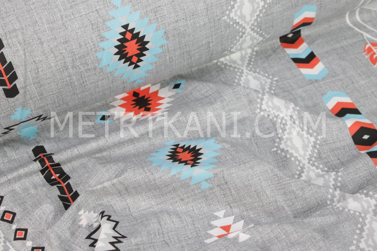 """Ткань бязь """"Амулеты снов с вышивкой"""" в основе плетение нитей серого цвета №979"""