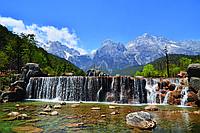 Фотообои флизелиновые 3D Природа 375х250 см Водопад в Альпах (MS-5-0075)