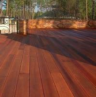 Монтаж террасных систем из экзотической древесины
