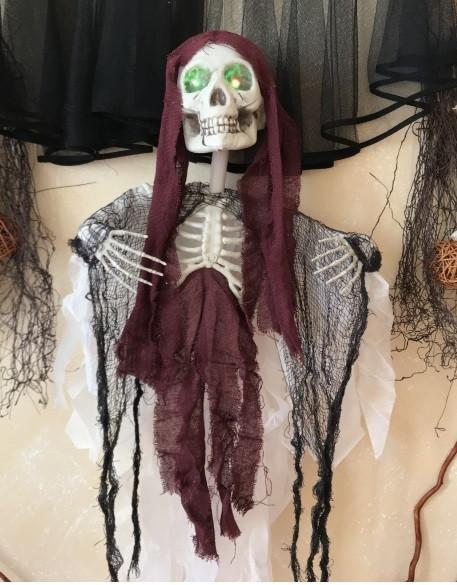 Скелет со светящимися глазами подвесной