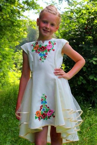 """Шикарне плаття для дівчинки вишитий на габардині """"українські маки з колосками"""","""