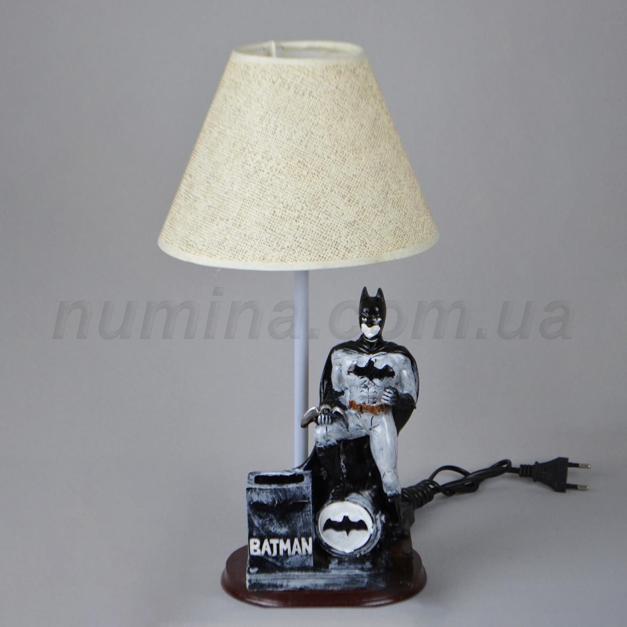 Настольная лампа XQ-1004 BATMAN