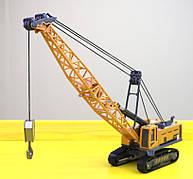Игрушка гусеничный кран в масштабе 1:55. Металлический кран. желтый.