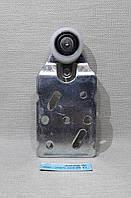 Ролик верхний для шкаф-купе  Novator 288  правый