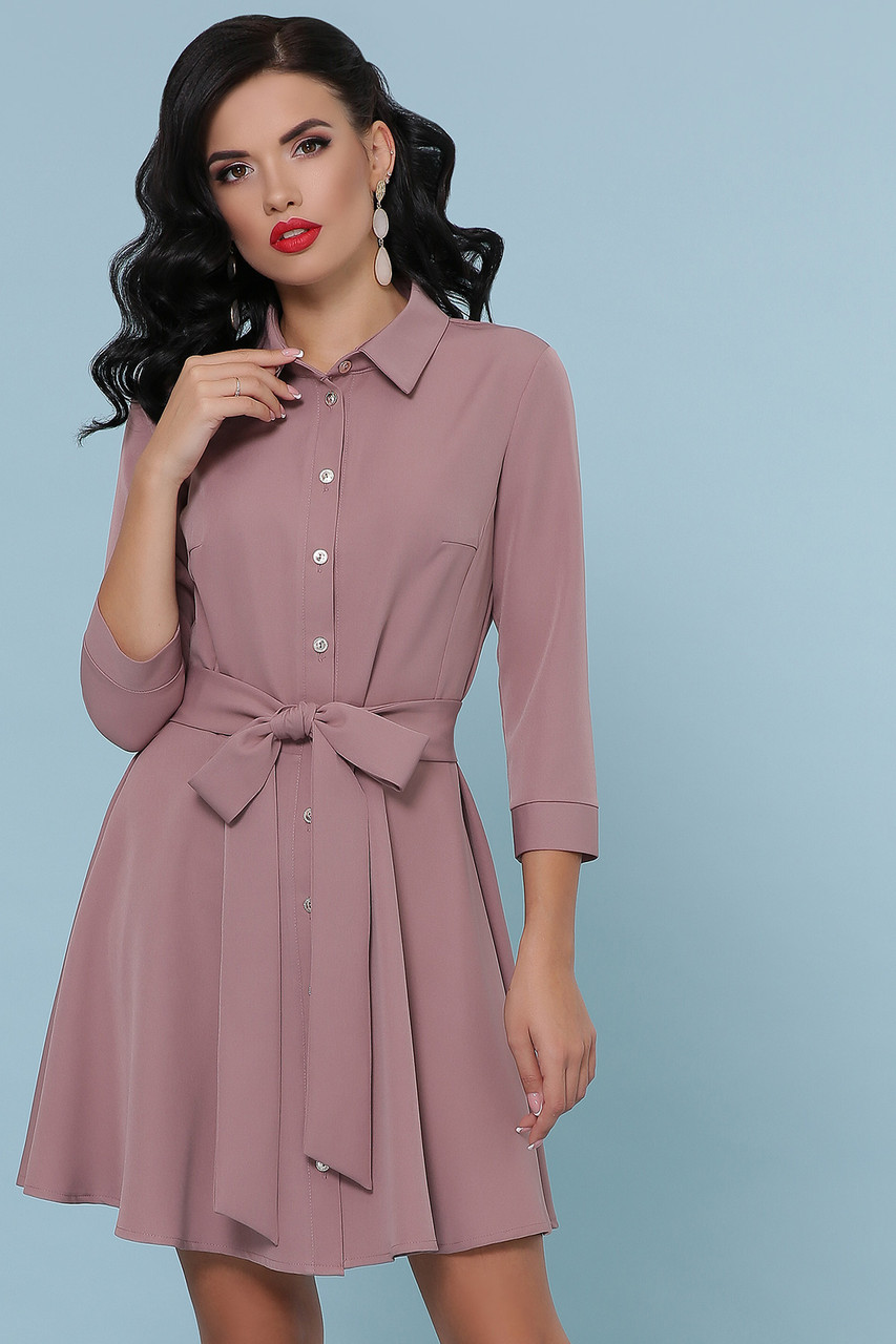 Расклешенное платье рубашка короткое цвета пудра