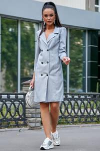 Классическое платье-пиджак до колен с пуговицами цвет голубой