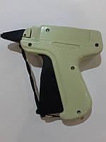 Этикет- пистолет с тонкой иглой