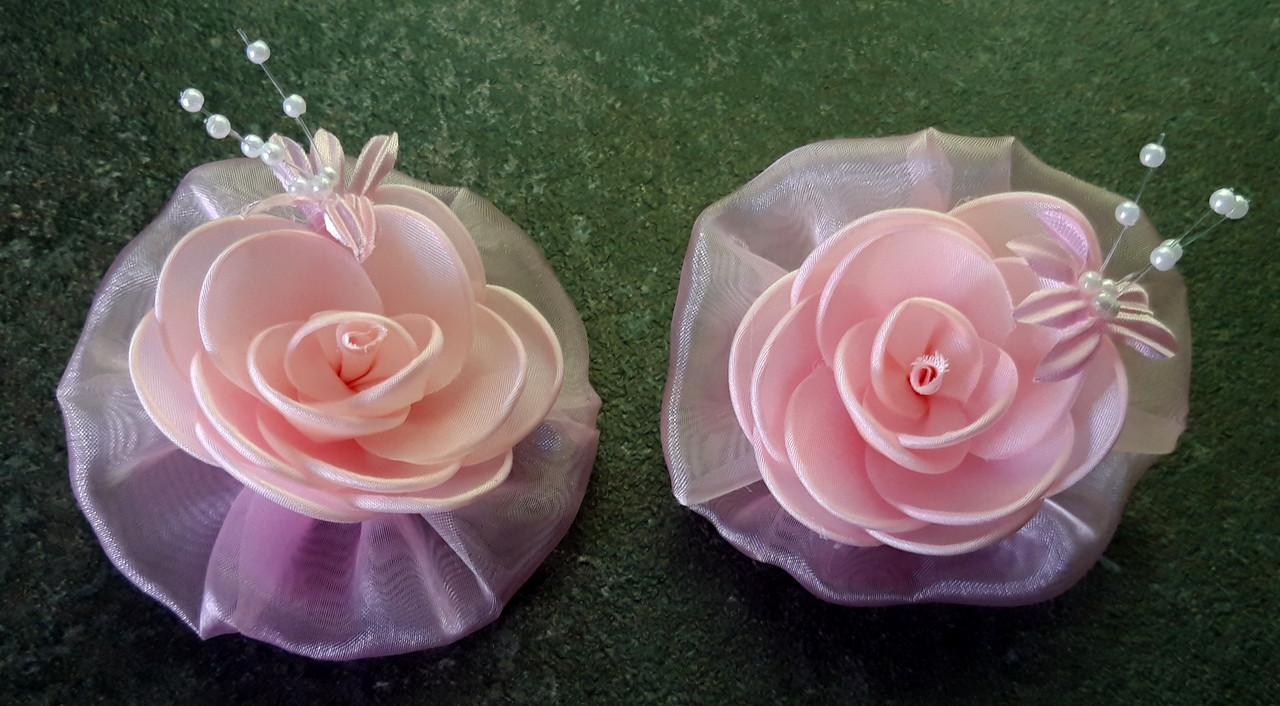 Банты на резинке, нежные розовые розы, диаметр 7,5 см