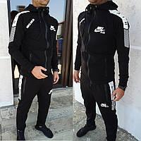 Стильный спортивный мужской костюм