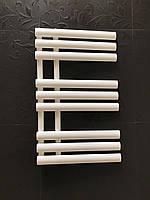 Полотенцесушитель GRASSE 9/820 S 820*500 Белый глянец, фото 1