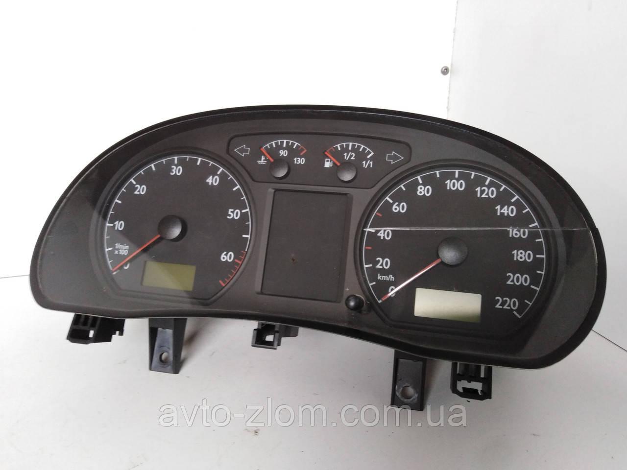 Щиток, панель приборов Volkswagen Polo 9N, Поло. 6Q0920800P.