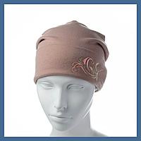 Трикотажная шапка с вышивкой, фото 1