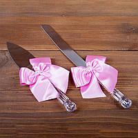 Свадебные приборы для торта с розовыми бантами