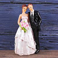 """Свадебная фигурка на торт """"Жених и невеста"""""""
