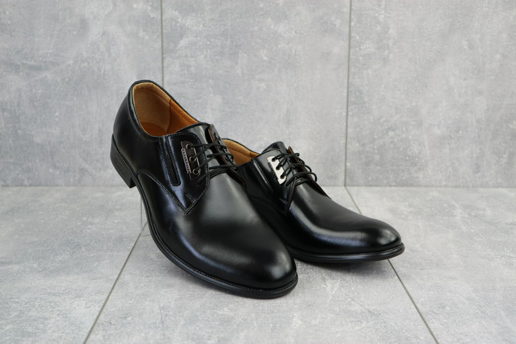 Мужские туфли кожаные весна/осень черные Vivaro 950