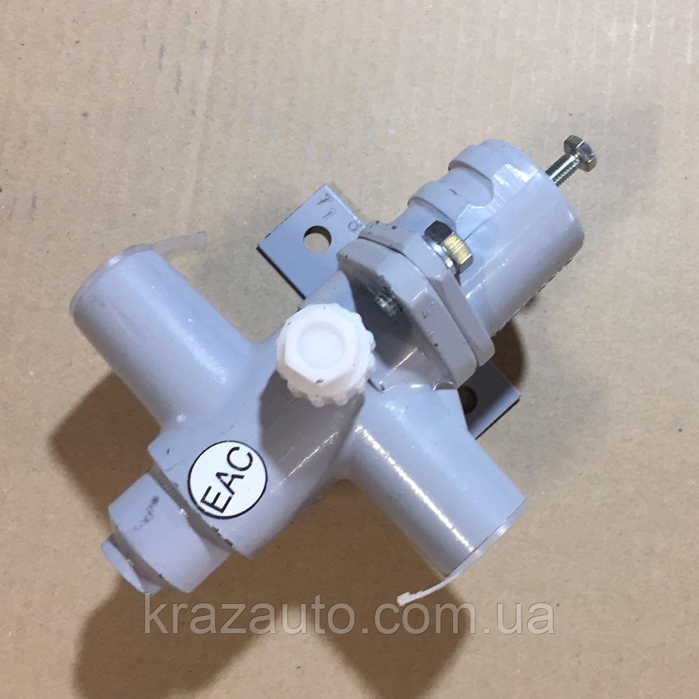 Регулятор тиску повітря КАМАЗ 15.3512010