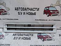 Решетка радиатора Isuzu Midi (1989-1996)