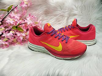Женские кроссовки Nike Structure 17 (37 размер) бу