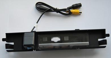 Штатная камера заднего вида Globex CM1032 CCD Toyota Yaris