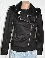 Куртка-косуха  молодежная короткая, черная, под замшу, фото 1