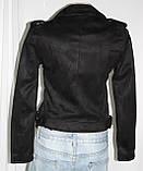 Куртка-косуха  молодежная короткая, черная, под замшу, фото 4