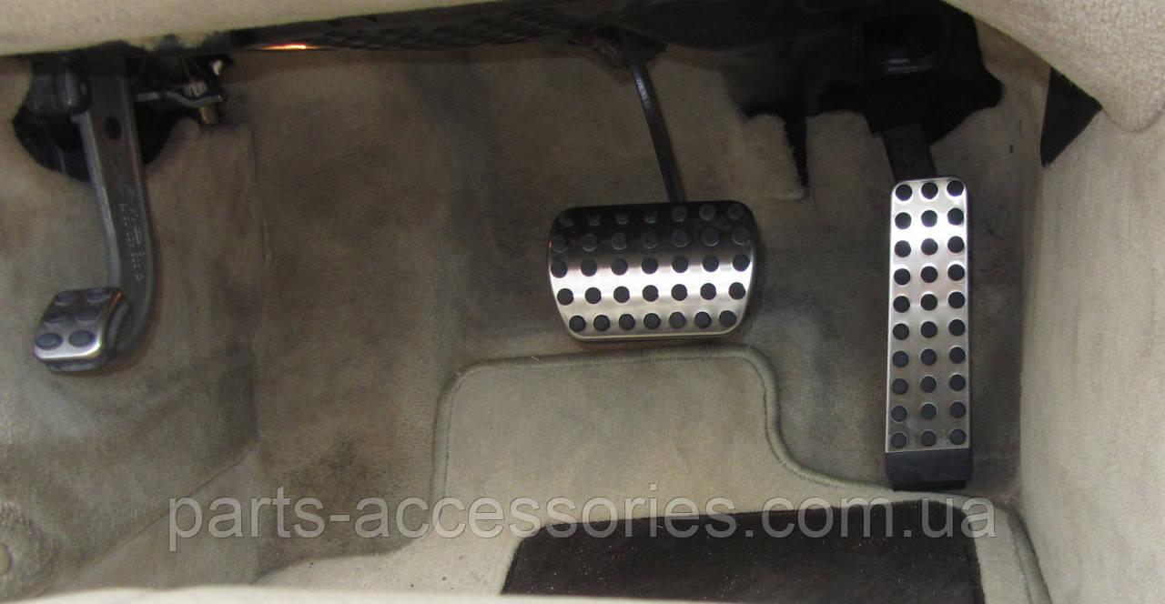 Накладки на педалі AMG Mercedes E-Class W211 E W 211 E200 E220 E270 E320 автомат нові оригінал 2003-2009
