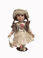 "Фарфоровая кукла ""Лори"""