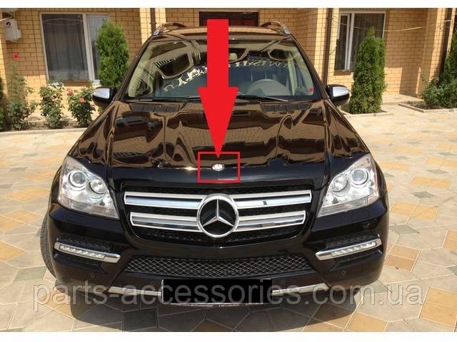 Значок эмблема на капот новая оригинал Mercedes X164 X 164 GL W164 W 164 ML  2006-2012