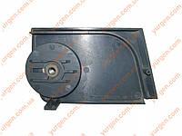 Правая прижимная крышка для электропилы REBIR KZ1-300.