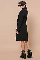 Чорне приталене пальто з поясом