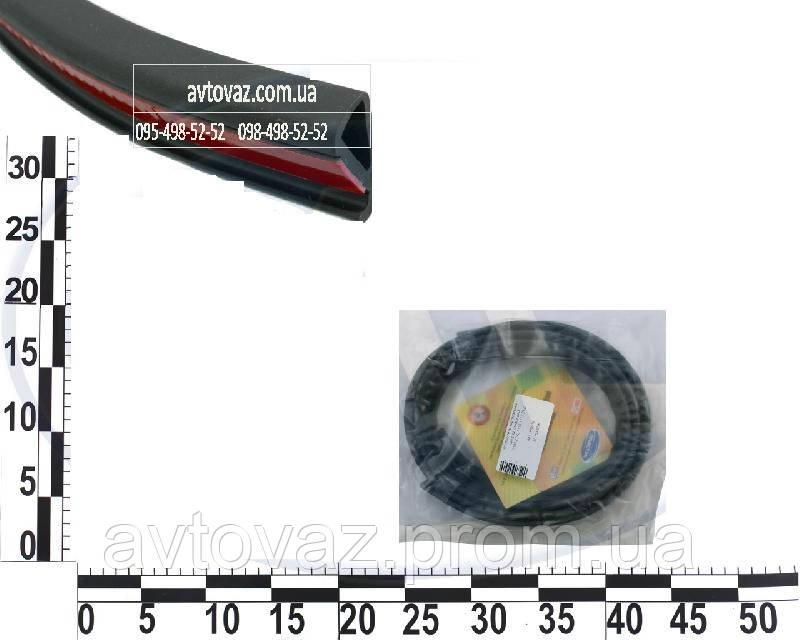 Уплотнитель средней стойки ВАЗ 2190, 2192 Гранта, ВАЗ 1118, 1117 Калина, ВАЗ 2123 Нива вертикальный AD Plastik