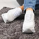 Стильные белые кроссовки женские на декорированной подошве, фото 5