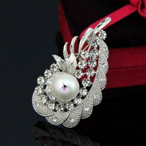 Стильная сверкающая металлическая брошь брошка значок с камнями стразами 16145