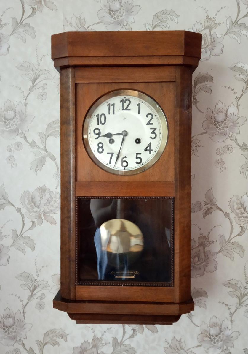 Часы немецкие продать настенные россии часы путина стоимость президента