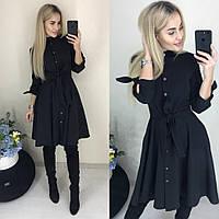 Чёрное платье с пуговицами спереди
