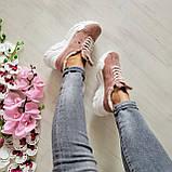Женские зимние замшевые кроссовки на высокой подошве (пудра), фото 8