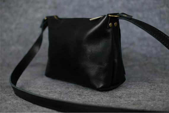 """Женская сумка """"Модель №26"""" Кожа Итальянский краст цвет Черный"""