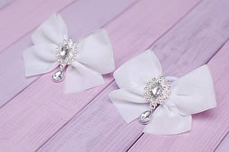 Бантики для волос на резинке детские из бархата белые украшение подарок для девочки