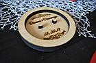 Блюдце для колец, подставка для колец из дерева с гравировкой для свадебной церемонии (круглая), фото 2