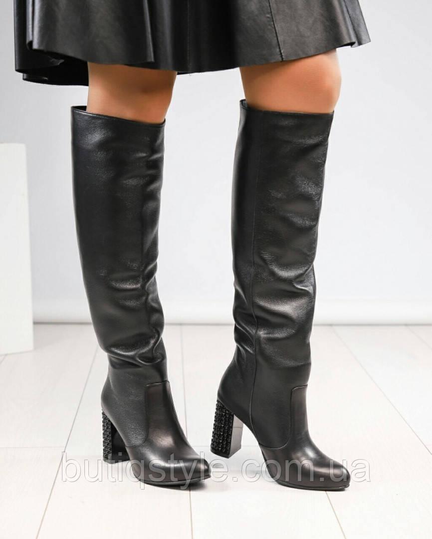Демисезонные ботфорты натуральная кожа на декорированном каблуке