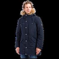 Куртка зимняя мужская Finn Flare W17-22010-101 с капюшоном и мехом енота темно-синее