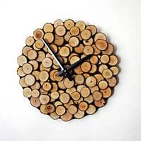 Часы из срезов дерева в стиле лофт