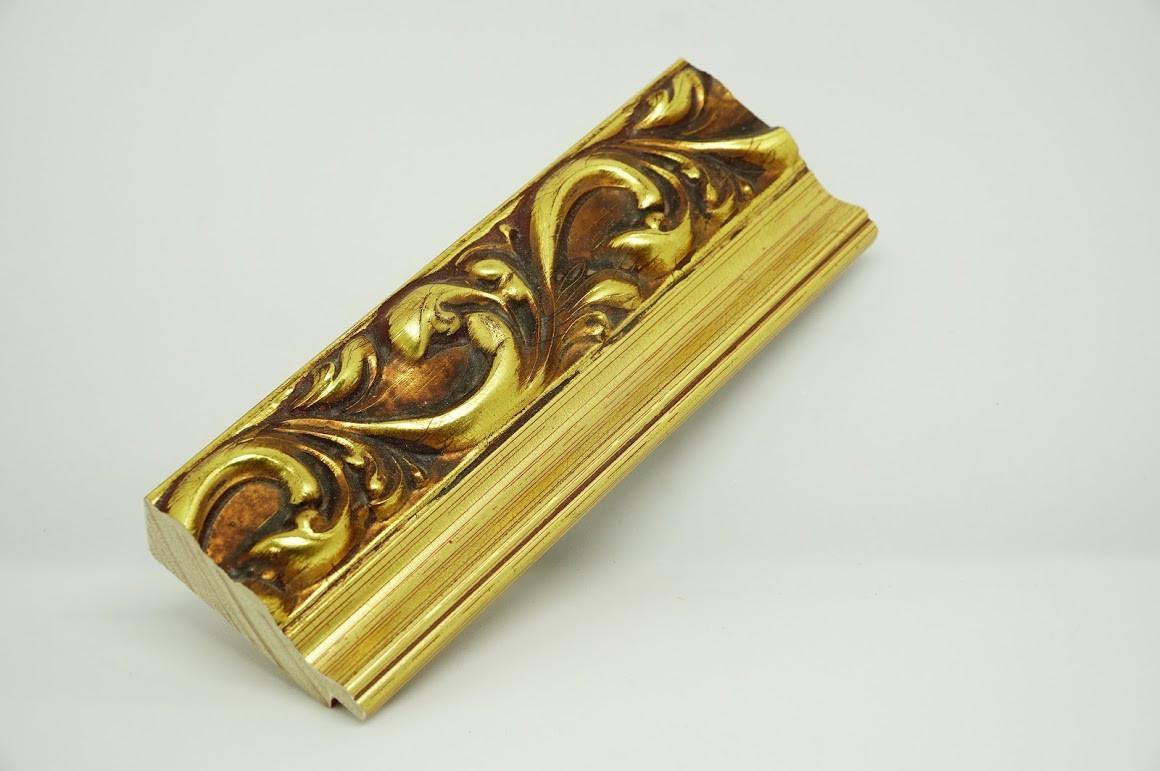 Багет дерев'яний золотий