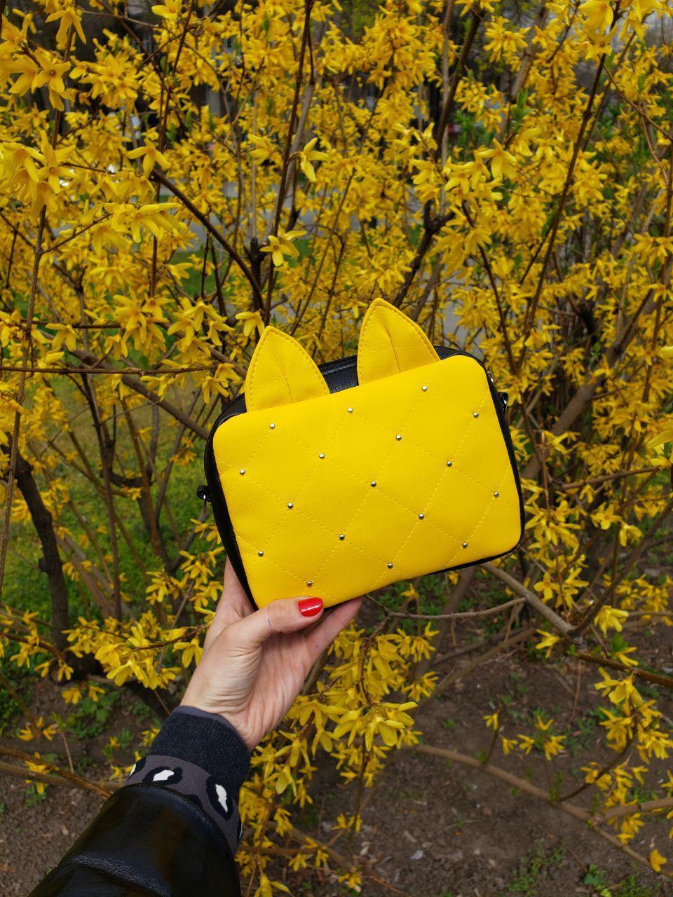 Женская желтая прямоугольная сумочка с ушками 2в1 E008